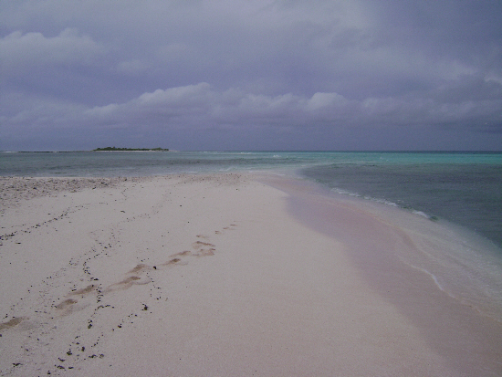 Between ocean and lagoon